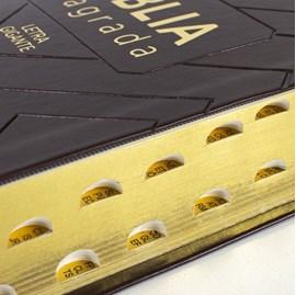 Bíblia Sagrada   NAA   Letra Gigante   Capa Marrom Luxo C/ Índice