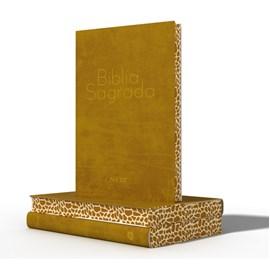 Bíblia Sagrada | NVI | Letra Normal | Capa Semi-Luxo Especial Girafa