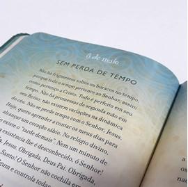 Devocional Obrigada, Jesus | Marie Chapian | Capa Dura Luxo